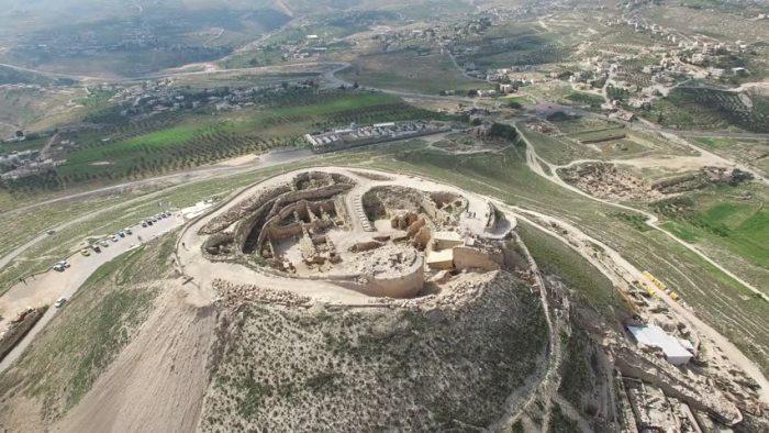 Иродион хранит память о событиях времен правления Понтия Пилата. /Фото:picdn.net