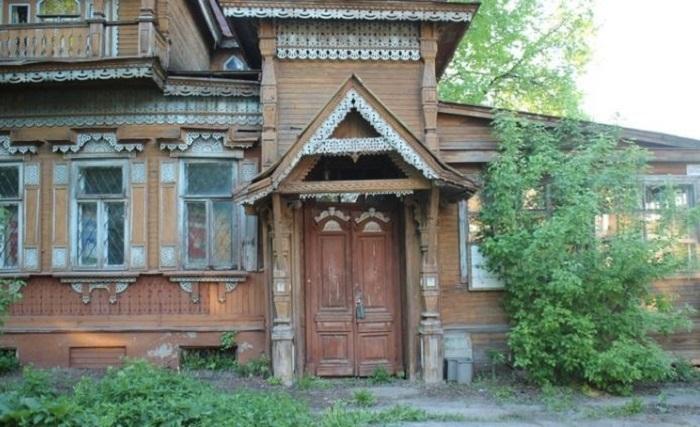 Вход в здание. /Фото:autotravel-nn.ru
