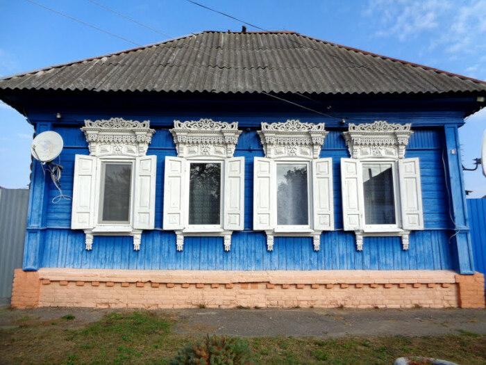 Дом в Злынке. /Фото: @kuba, architectstyle.livejournal.com