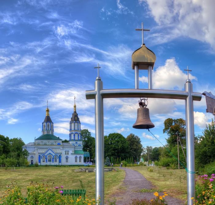 Храм в его современном виде выглядит очень красиво и празднично. /Фото:azbyka.ru
