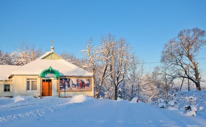 Службы идут в любое время года. /Фото::daypic.ru
