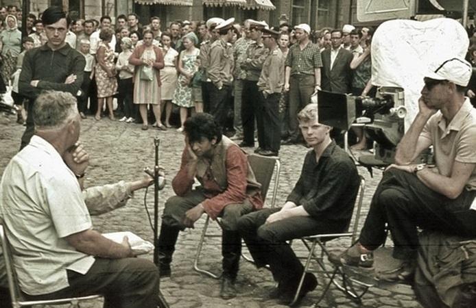 Неуловимые боролись с белогвардейцами в Ялте. /Фото:mk.ru