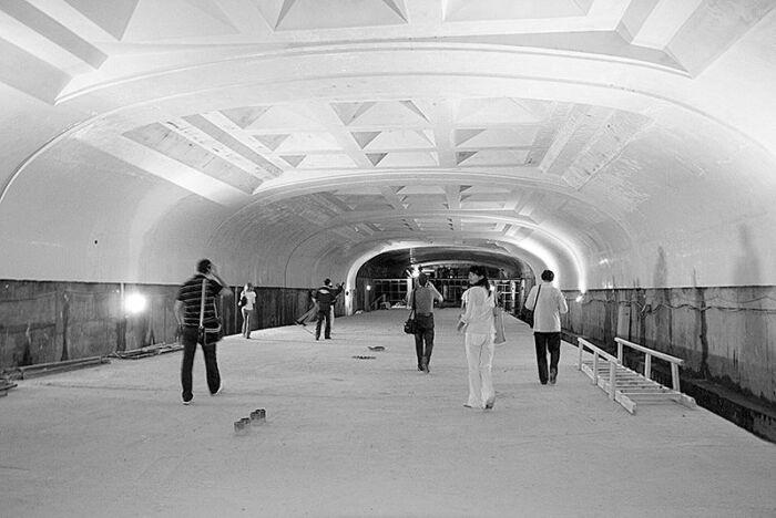 Станцию метро практически построили и даже почти завершили внутреннюю отделку. /Фото:newsomsk.ru/