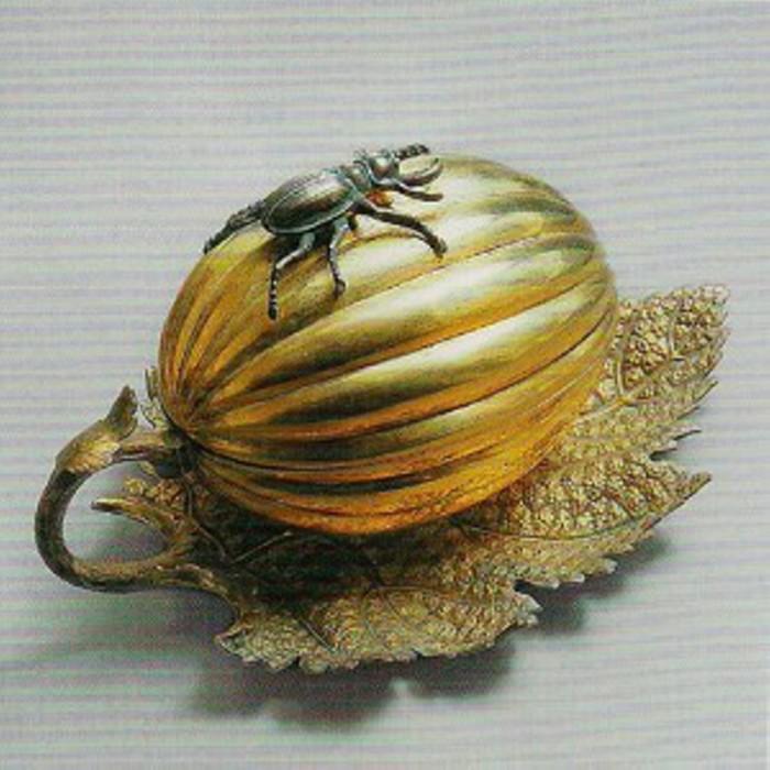 Соусник 1855 г.  Серебро, позолота, литье, резьба. Фирма Губкина.