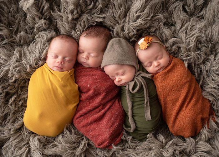 В семье родились четверо здоровых малышей.