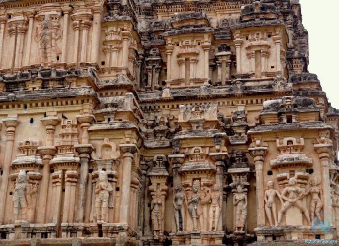 Фрагмент храма Вирупакши. / Фото:www.city-n.ru