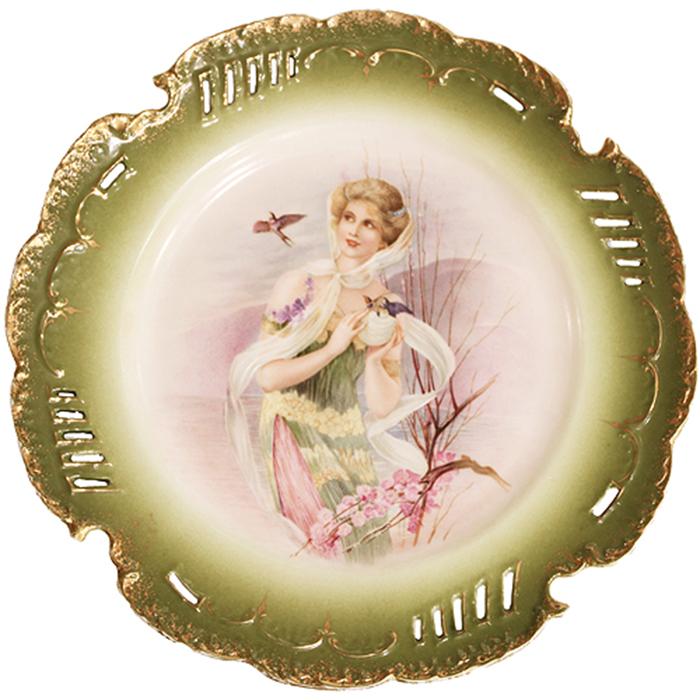 Изысканная кузнецовская посуда славилась отменным качеством.