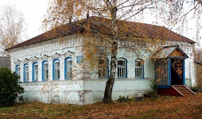 Симпатичный дом конца позапрошлого века. /Фото:hautiev-sh.livejournal.com