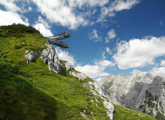 Две дуги, подвешенные в небе. /Фото:ktotak.ru