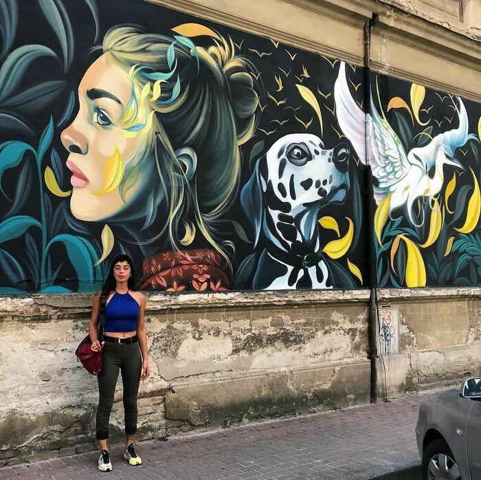Одна из монументальных картин Фио Сильвы.