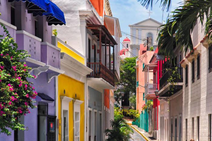Яркий цветущий город. /Фото:blogspot.com