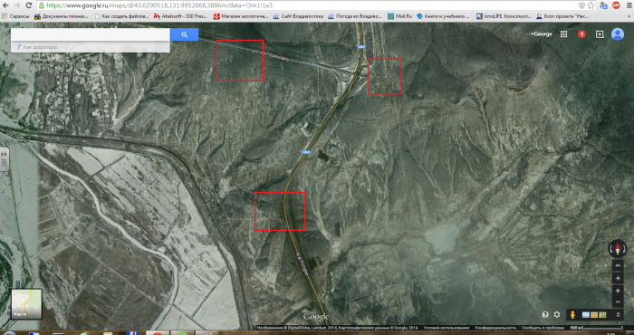 Расположение трёх фигур/ Изображение со спутника.