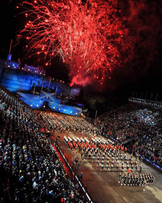Праздник-фестиваль в Эдинбурге. /Фото: Sally Stimson