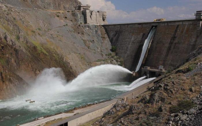 Строительные работы здесь шли ровно десять лет. /Фото:kyrgyzstantravel.net