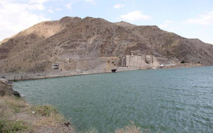 Водохранилище смогло обеспечить водой огромные земледельческие территории. /Фото:kyrgyzstantravel.net
