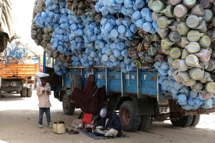 Всю жизнь в нищете. /pixmafia.com