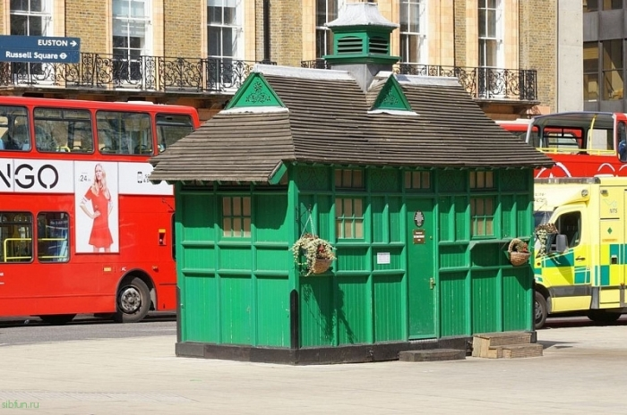 Кусочек истории в современном Лондоне. /Фото:Chris Sampson/Flickr.com