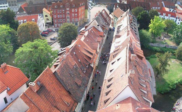 Расстояние между рядами домов – 5,5 метров. /Фото:shareable.net