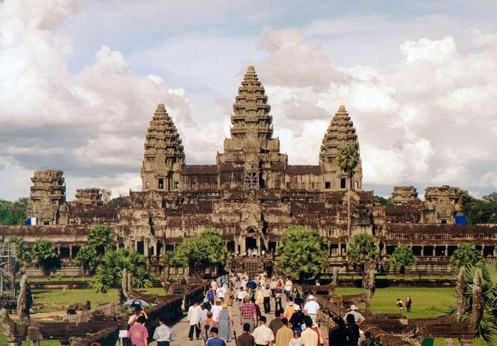 Храм Ангкор-Вата.