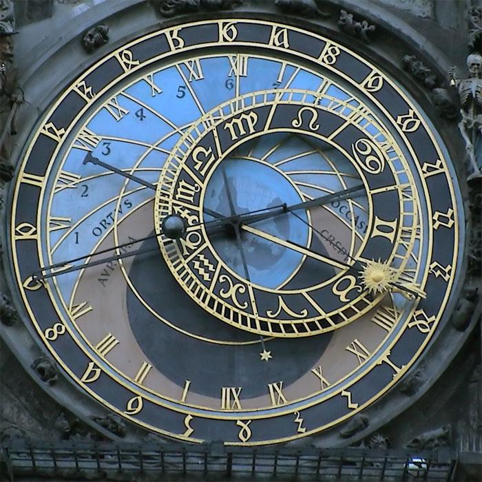 Знаменитые часы до сих пор работают.