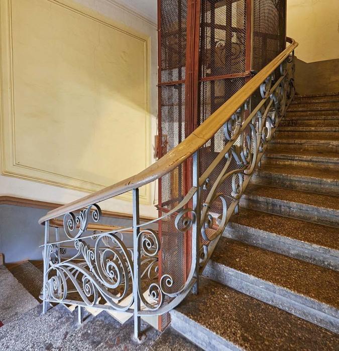 Лестница и лифт. /Фото:the-village.ru