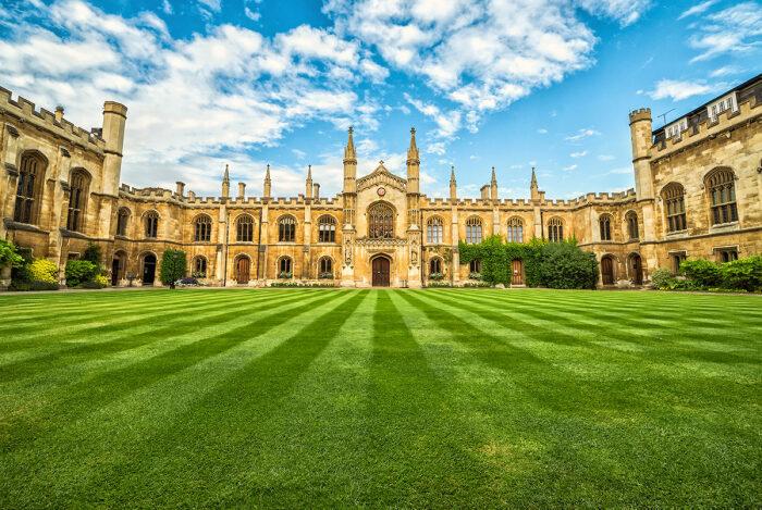 Корпус Кристи (колледж) в Кембридже. /Фото:enjourney.ru