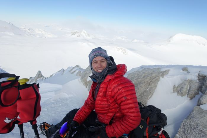 Позитивный американец привык покорять самые высокие вершины. /Фото:parade.com