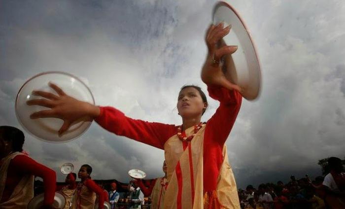 Для местных жителей это праздник, ведь дичь сама летит к ним в руки. /Фото:hauntedindia.blogspot.com