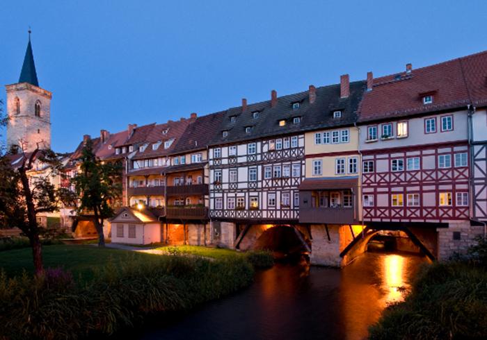 Сначала этот мост был деревянным. /Фото:visit-thuringia.com