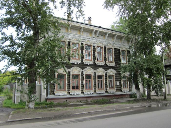 В доме после 1917 года устроили квартиры-коммуналки. /Фото:wikimedia.org