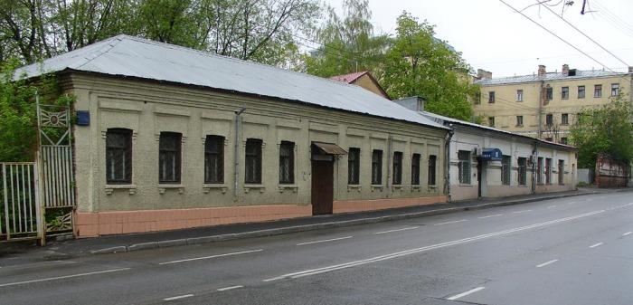 Чудом соÑранившиеся одноэтажные дома на Ðлектрозаводской. /Фото: wikipedia.org