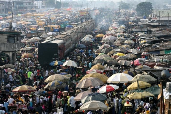 В городе просто нечем дышать. /Фото:George Osodi