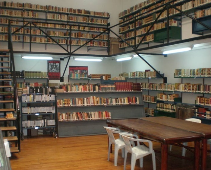Библиотека. /Фото:oleg-butenko.livejournal.com