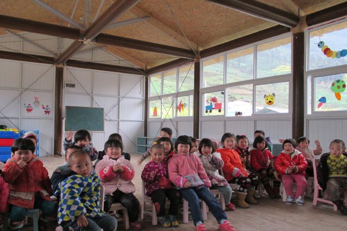 Бумажный детский сад в Сычуане (Китай). /Фото:shigerubanarchitects.com