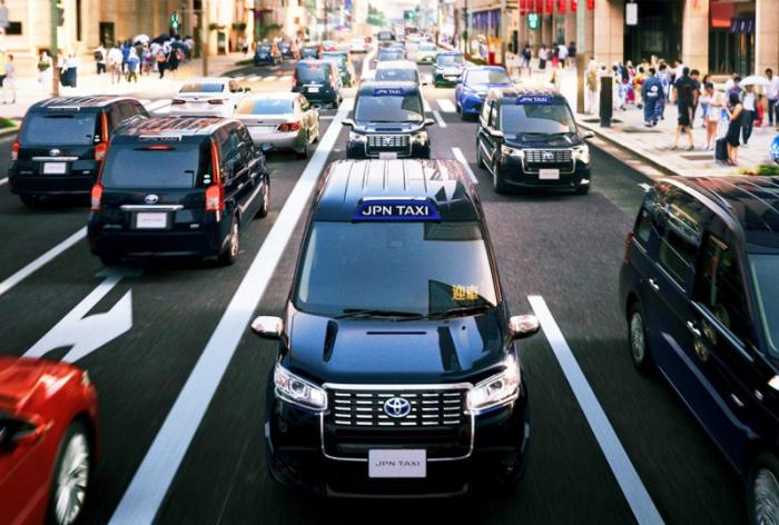 Новые японские такси. /Фото:ainow.ai