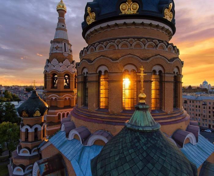 Храм в наши дни. / Фото: страница храма Воскресения Христова в соцсети.