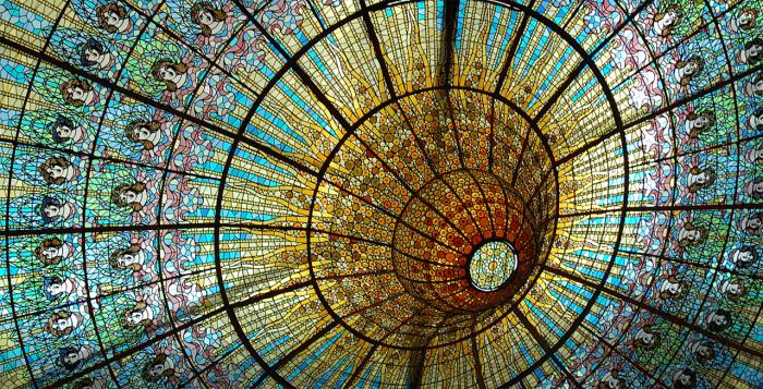 Витражный купол. /Фото:espanarusa.com