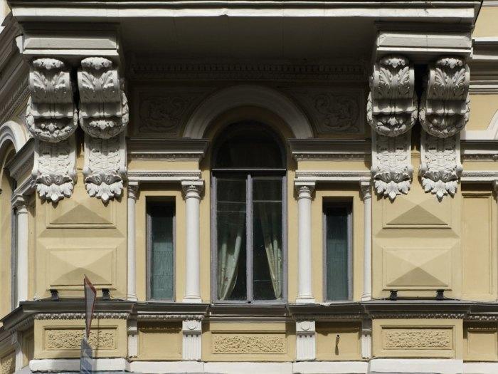 Фрагмент здания на Гражданской. /Фото:the-village.ru