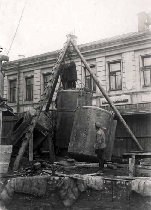 Так строили первую очередь метро. /Фото:omj.ru