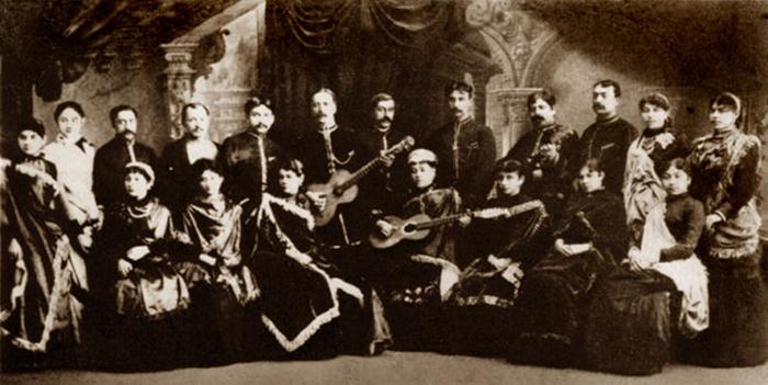 Цыганский хор ресторана «Яръ». / Фото:http://cdn01.ru