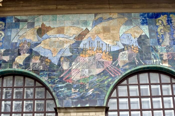Фасад напоминает картинную галерею /Фото:cultinfo.ru