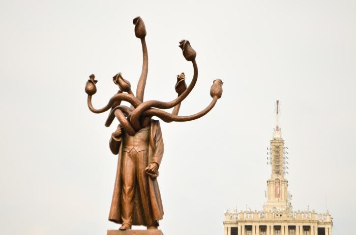 Ленин-гидра в Бухаресте. /Фото:rdnv.me