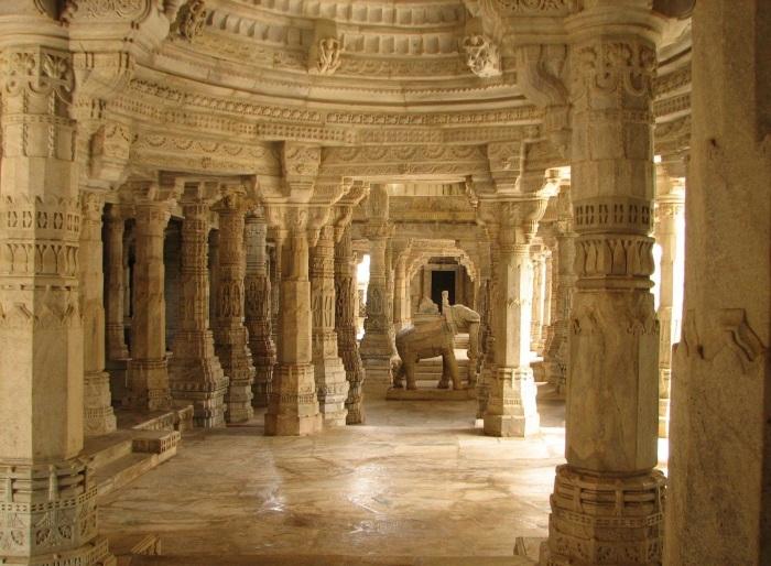 Великолепные колонны. /Фото:nnils.livejournal.com