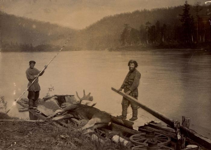 Испокон веков челдоны занимались охотой и рыболовством. /Фото:sib100.ru