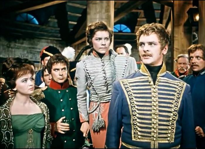 Кадра из фильма «Гусарская баллада»
