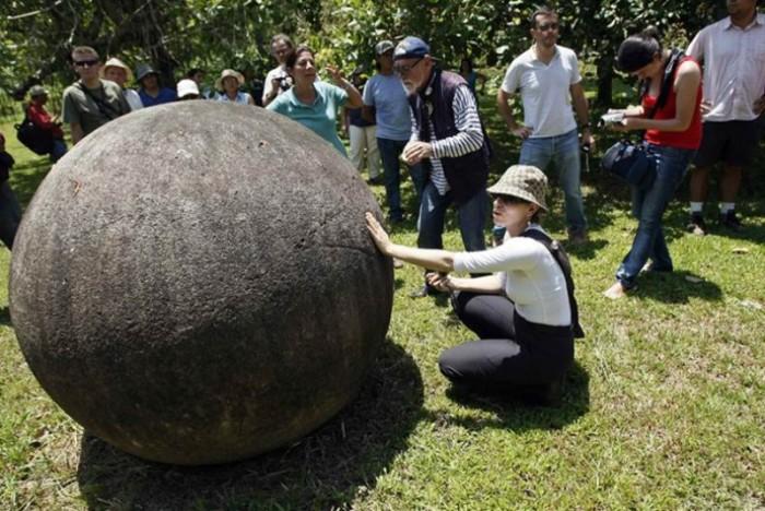 Загадочные камни притягивают тысячи людей со всего мира. /Фото:eluniversal.com