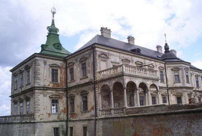 Изначально это был дворцовый комплекс для титулованных особ. /Фото:temaretik.com