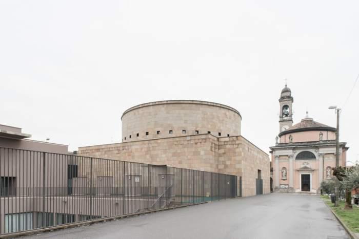 Церковь в Бергамо/Фото: Марио Феррара