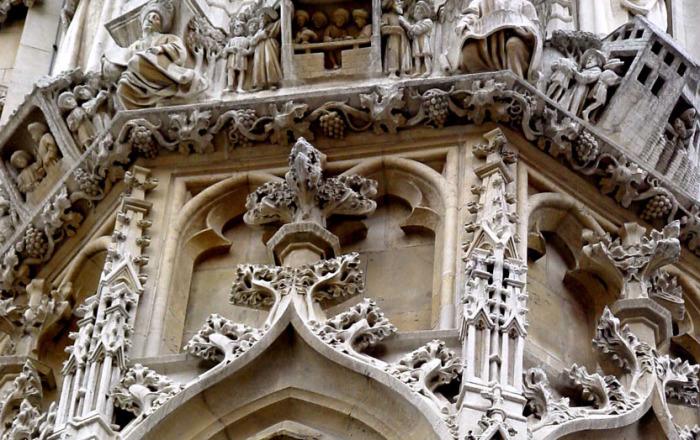 Это здание справедливо называют кружевным. /Фото:belgiumview.com