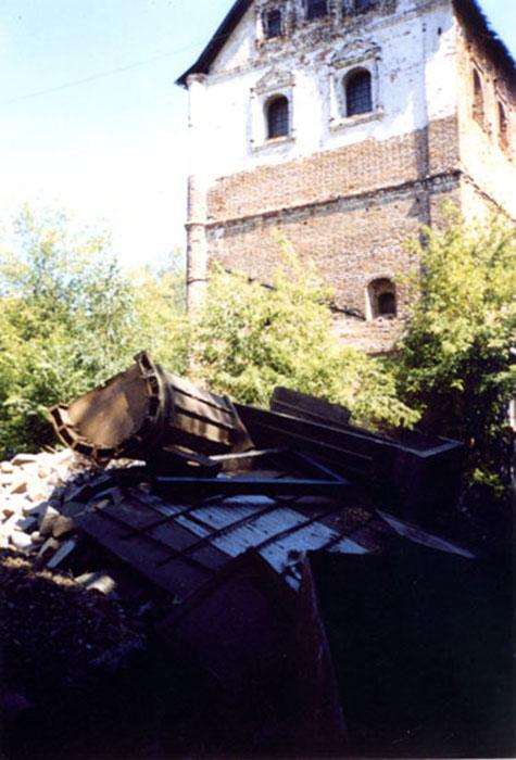 Так выглядела территория монастыря до восстановления. /Фото:hram.deafnet.ru